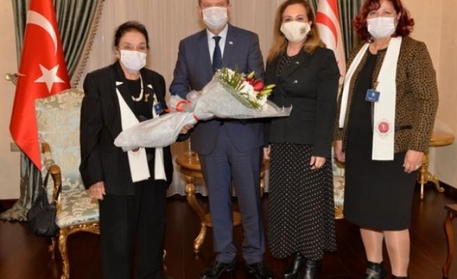 Tatar, Kadınlar Birliği heyetini kabul etti