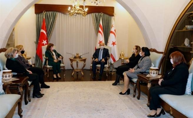 Tatar, Welcome to Turkish Cyprus Club üyelerini kabul etti
