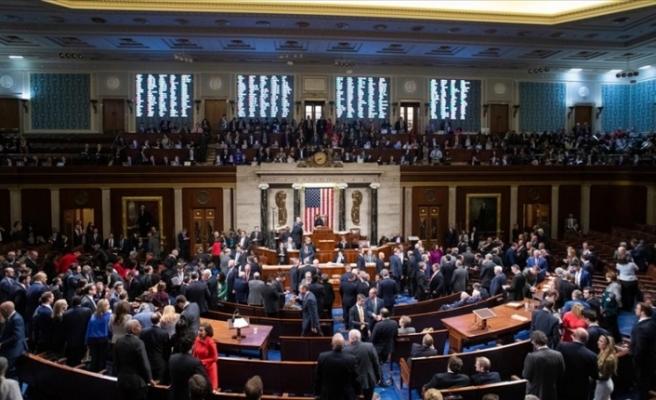 ABD Temsilciler Meclisi Trump'ın 'isyana teşvik' ile suçlandığı azil maddesini kabul etti