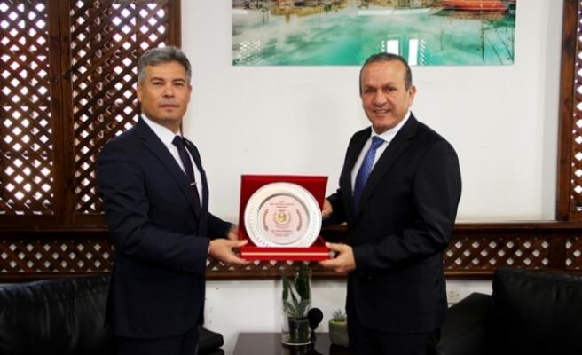 Ataoğlu, Sivil Savunma Teşkilatı Başkanı Karakoç'u kabul etti