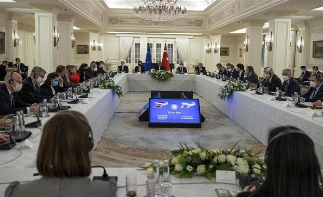 """Çavuşoğlu: """"Hem Doğu Akdeniz hem Kıbrıs sorunlarını diyalogla çözmeye çalıştık"""""""
