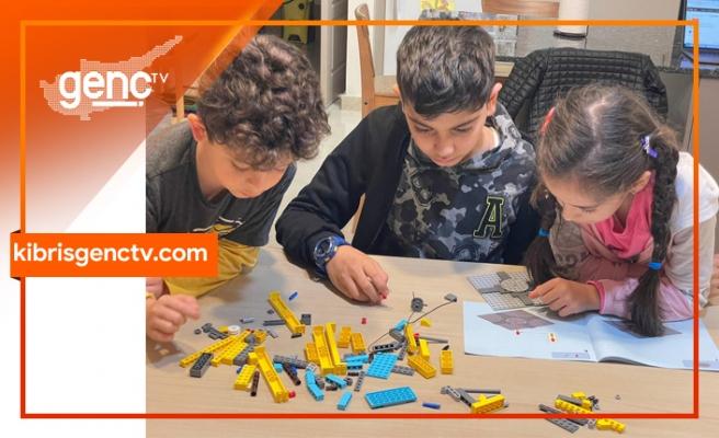 """""""Geleceğin Mimar, Mühendis ve Tasarımcıları"""" programı ile çocuklar projelerini sergiledi"""