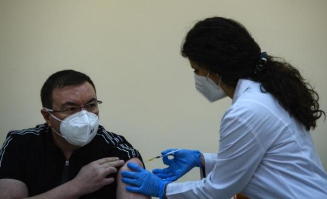 Güney Kıbrıs 565 bin aşı daha sipariş ettİ