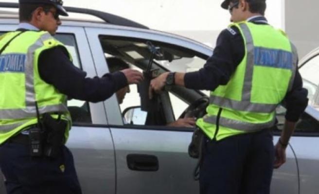Güneyde maske takmadığı için ceza alan şahıs polisi kolundan ısırdı