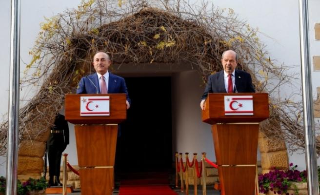 """Çavuşoğlu: """"Kıbrıs meselesinde egemen eşitlik temelinde müzakere gerekiyor"""""""