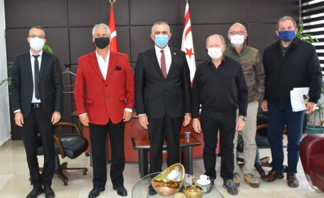 """Çavuşoğlu: """"Zeytinin sanayi ayağının da geliştirilmesi yönünde politika izliyoruz"""""""