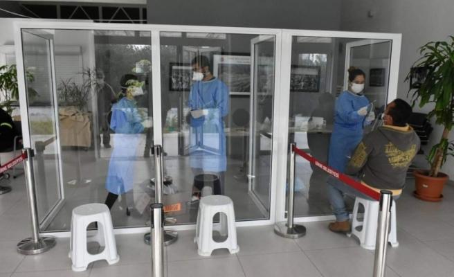 Girne'de aşı programı ve PCR testleri devam ediyor