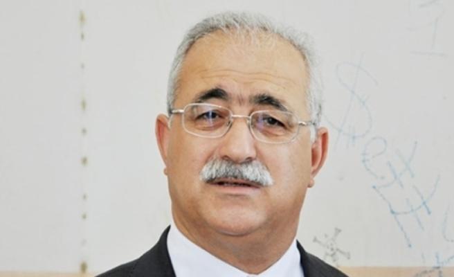 İzcan'dan hükümete eleştiri