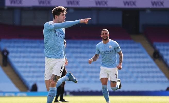 Manchester City Premier Lig'de peş peşe 14. galibiyetini aldı