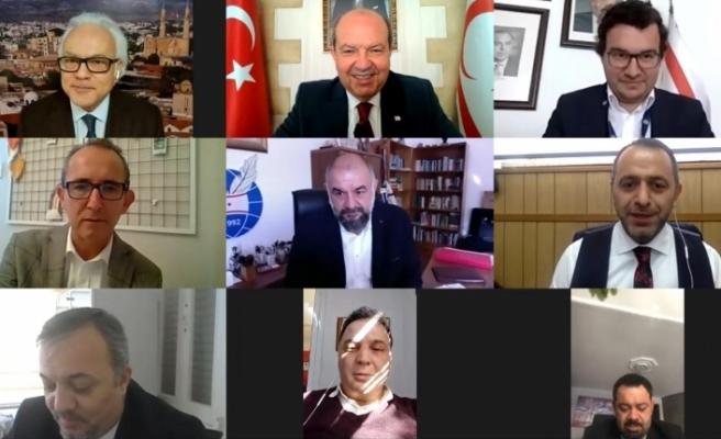 Tatar, Dış Basın Birliği üyeleri ile görüştü