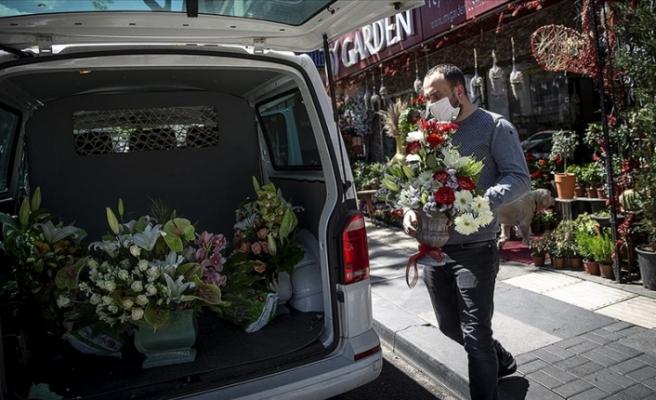 Türkiye'de çiçekçilere '14 Şubat' muafiyeti
