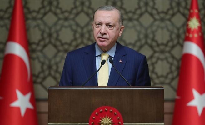"""Erdoğan: """"Kadına yönelik her türlü fiziki ve ruhsal şiddeti en sert şekilde kınıyorum"""""""