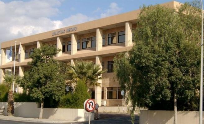 Larnaka'da 1 kilo hint keneviri