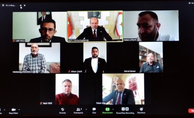 Tatar, bazı sivil toplum örgütleri ile Kıbrıs konusunda video konferans toplantısı yaptı