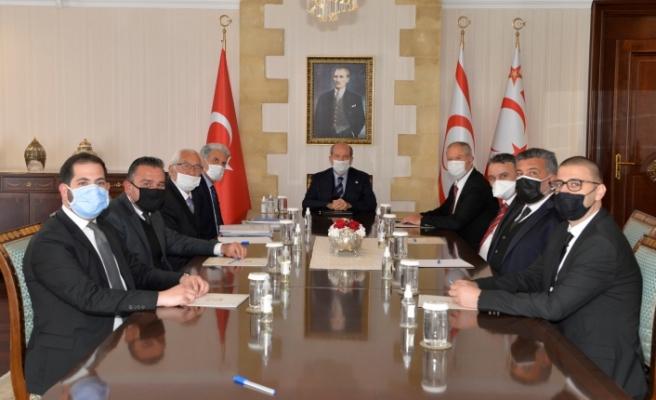 Tatar, Cenevre öncesi hukukçular ile bir araya geldi