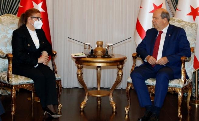 Tatar, Türkiye Ticaret bakanı Peksan'ı kabul etti