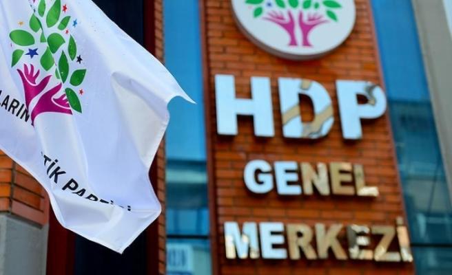 Türkiye'de HDP'nin kapatılması istemiyle Anayasa Mahkemesi'nde dava açıldı
