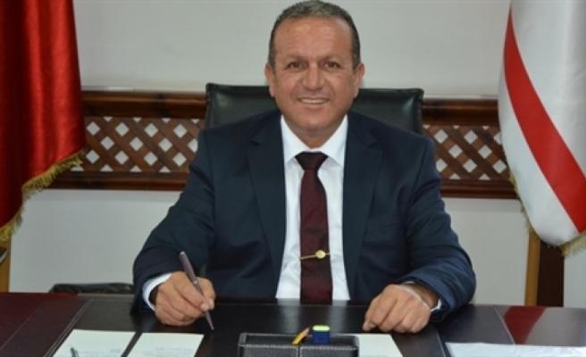 """Ataoğlu: """"Turistlerin geliş ve konaklamaları bileklikle kontrol altında olacak"""""""