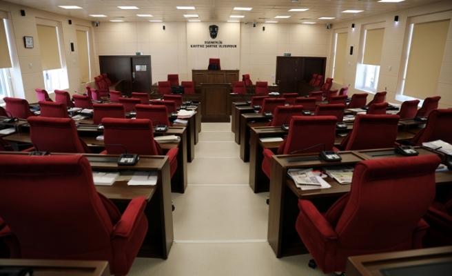 Çalışanlar greve gitti, Meclis toplanamadı