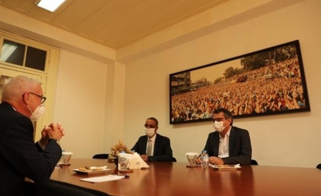 Erhürman, Almanya Büyükelçisi ile görüştü
