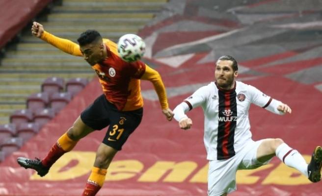 Galatasaray'dan yine puan kaybı