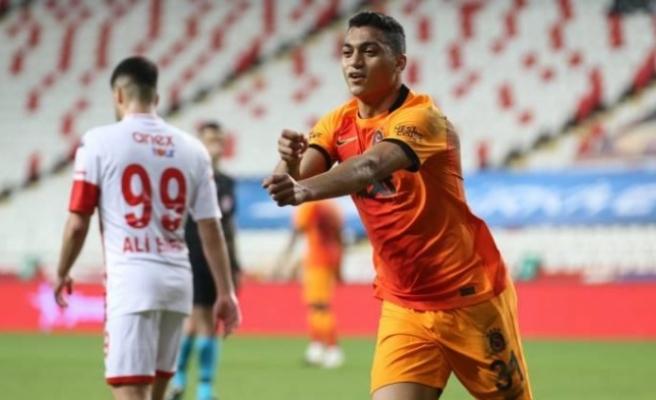 Galatasaray Mostafa Mohamed ile güldü