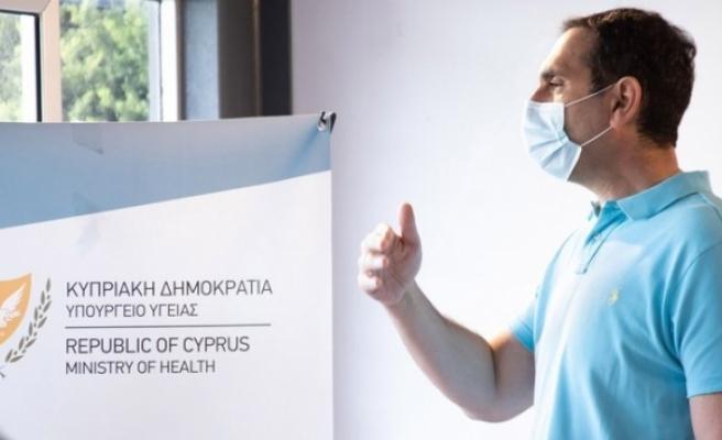 Güney Kıbrıs Haziran'a kadar yüz bin doz daha Pfizer aşısı alacak