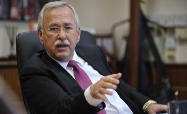 Rum eski İçişleri Bakanı hayatını kaybetti