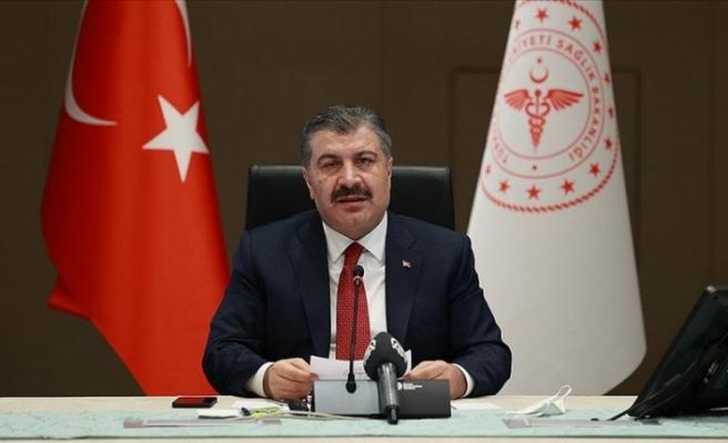 Türkiye'de Kovid-19 aşılama programında sıra 55 yaşından büyüklere geldi
