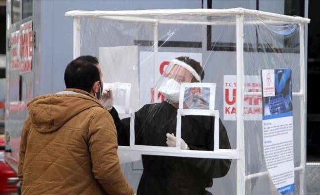 Türkiye Kovid-19 testlerinin pozitiflik oranı son iki ayda 3 kat arttı