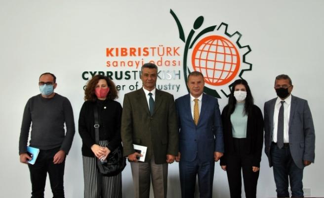 """Veteriner Dairesi ile Kıbrıs Türk Sanayi Odası, """"hellim"""" konusunu görüştü"""