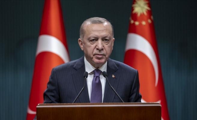 """Erdoğan: """"İşçi kardeşlerimin 1 Mayıs Emek ve Dayanışma Günü'nü tebrik ediyorum"""""""