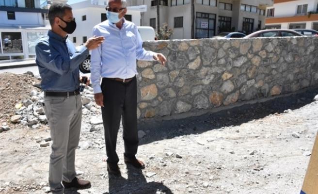 Salih Miroğlu Caddesinde oluşturulacak engelsiz ve doğal yaşam parkının yapımına, bugün başlandı