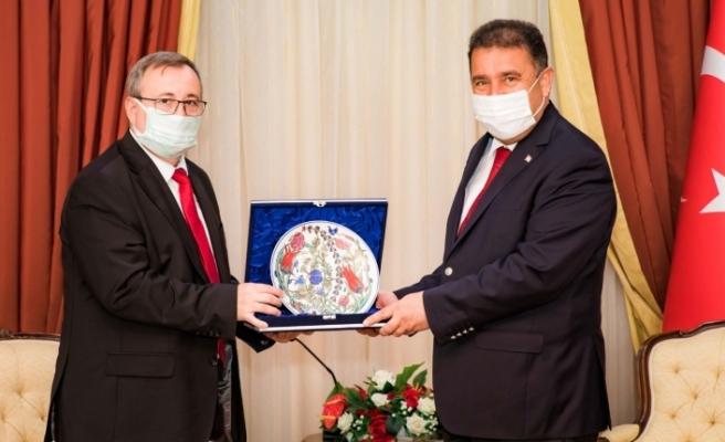 Başbakan Saner, Trakya Üniversitesi Rektörü Tabakoğlu'nu kabul etti
