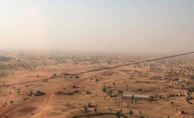 Burkina Faso'nun kuzeyine düzenlenen saldırıda 100 sivil öldü