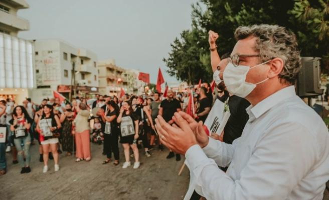 """CTP'den Gazimağusa'da eylem... Erhürman: """"Hükümet değil felaket"""""""