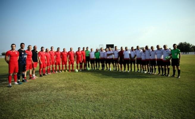 Cumhuriyet Meclisi ve İskele Masterleri takımları maç yaptı
