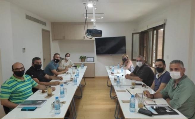 Kıbrıslı Türk ve Rum eğitim sendikalarından toplantı