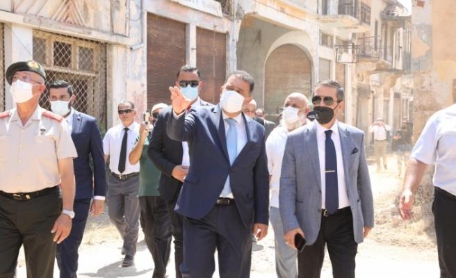 Saner, Maraş'ın askeri bölge olmaktan çıkarılan bölümünü ziyaret etti