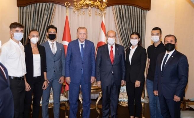 Tatar ve Erdoğan Türkiye Milli Takımlarında yer alan sporcuları kabul etti