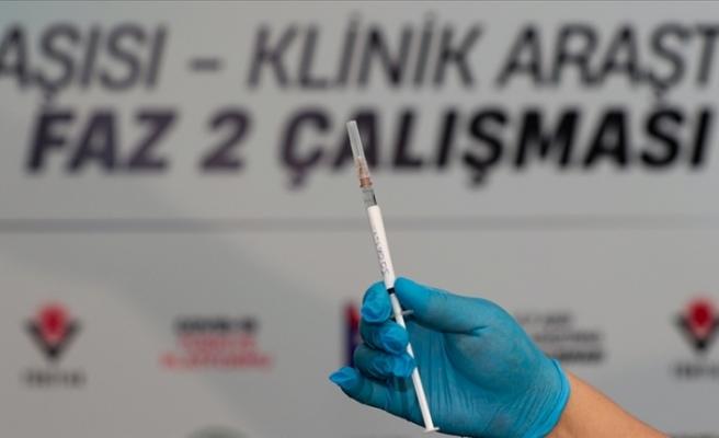 Türkiye'de VLP aşısının Faz 2 aşamasında gönüllülere 2. dozlar uygulanıyor