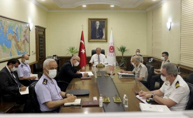 """Akar:  """"Ege'deki, Doğu Akdeniz'deki problemlerin çözülmesini istiyoruz"""""""