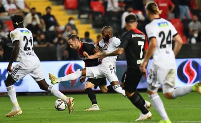 Beşiktaş, Gaziantep'ten beraberlikle dönüyor