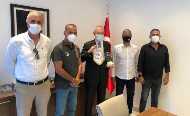 Hentbol'dan Türkiye'nin  Saraybosna Büyükelçiliği'ne ziyaret