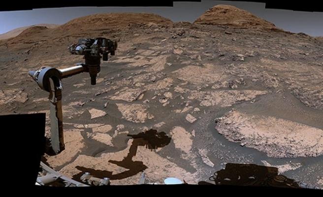 NASA Mars'ın panoramik görüntülerini yayımladı