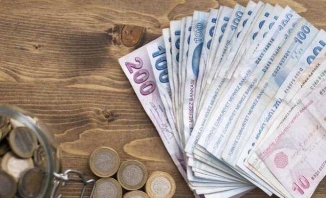 Yeni asgari ücrete hükümet ret verdi