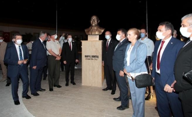 Akçay'da Rauf R.Denktaş Parkı açıldı