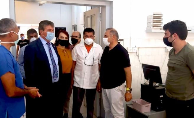 """Bakan Üstel: """"Güzelyurt Sağlık Merkezi ve Cengiz Topel Hastanesi Laboratuvarlarında daha çağdaş yeni dönem başlıyor"""""""