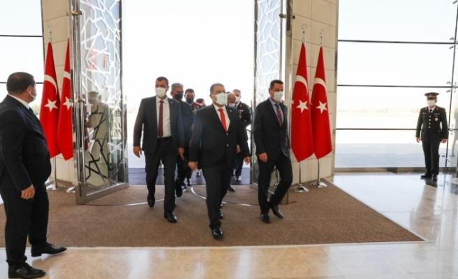 Başbakan Saner, Ankara'da