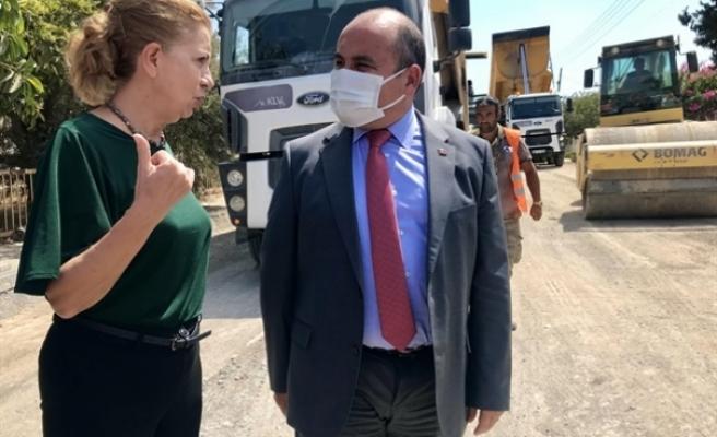 Büyükelçi Başçeri ve Bakan Canaltay yollarda inceleme yaptı